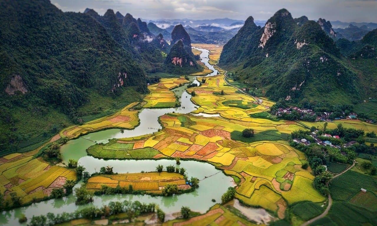 Eine Landschaft in Vietnam